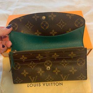 100% Authentic Louis Vuitton Emilie Wallet
